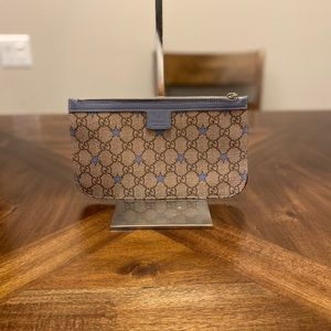 Gucci GG logo Supreme with Star clutch pouch